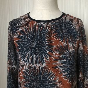H&M Navy/Rust Peony Patterned Blouse